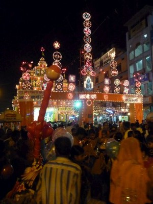 Festivities in the streets in front of the train station