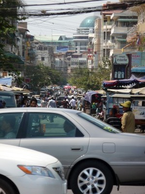 Traffic in Phnom Pehn