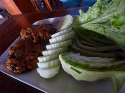 Lao Laap, fried chicken